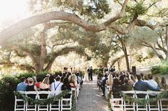Most people think deciding on a wedding venue isn't very difficult. Well they can be totally wrong as searching out the perfect wedding venue generally is a challenging undertaking. Wedding Day Tips, Wedding Exits, Seating Plan Wedding, Best Wedding Venues, Wedding Planning Tips, Wedding Ideas, Wedding Locations, Wedding Stuff, Wedding Photos
