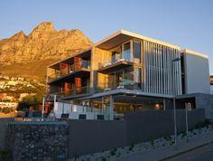 Moderner Aufbau mit üblichen Formen: das Luxus POD Boutique-Hotel in Kapstadt - http://wohnideenn.de/ferienhaus-hotel/07/boutique-hotel-in-kapstadt.html  #FerienhausHotel