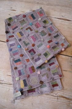 sophie digard crochet scarf http://www.tt-garret.com/fs/ttgarret/3850C-BG