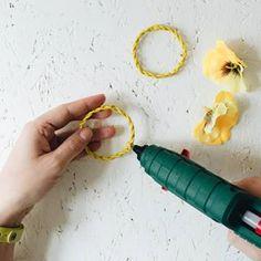 Häkeln: Luftmaschen • yellowgirl der DIY-Lifestyle Blog Diy Choker, Blog, Jewelry, Autos, Script Logo, Simple Diy, Jewlery, Jewerly, Schmuck