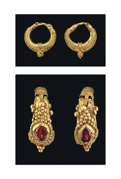 TWO PAIRS OF PARTHIAN GOLD EARRINGS -  CIRCA 2ND-1ST CENTURY B.C.