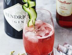 Drinks Med Gin, Vodka Drinks, Cocktail Drinks, Alcoholic Drinks, Cocktails, Gin And Tonic, Bartender, Keto Recipes, Keto Foods