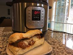 Quick and Easy Meatball Subs If your family is anything like mine then they enjoy a good Meatball Sub. The only problem is when we buy them they are either hit or miss. Well rest assured this recipe was a definite hit in my house! Meatball Sub Recipe, Meatball Subs, Meatball Recipes, Power Cooker Recipes, Pressure Cooking Recipes, Instant Pot Ip Duo60, Italian Seasoning Mixes, Instant Pot Pressure Cooker, Great Recipes