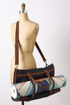 Yoga Route Tote // handy exterior straps to attach your mat