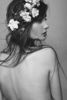 +flower-wreath-bride- like the flowers messy in hair=whimsical