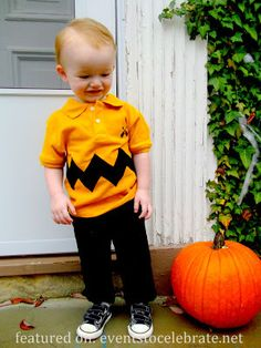 Charlie Brown Halloween Costume- {plus 42 more DIY Costume Ideas}