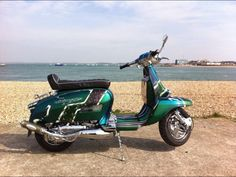G P Retro Scooter, Lambretta Scooter, Scooter Motorcycle, Vespa Scooters, Scooter Images, Motor Scooters, Motown, Gas Station, Cars And Motorcycles