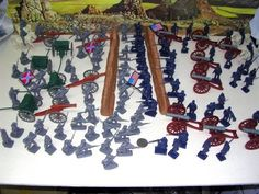 110 Pieces Civil War Armymen Cannons Soldiers and Walls Set by Besttoysoldiers. $20.50. Plastic toy soldiers. Confederate Soldiers. Union Soldiers. Civil War Soldiers. Armymen. 110 Pieces Civil War Cannon Set. Included: 42 Blue (union) Soldiers 42 Gray (confederates) Soldiers 4 Horse with Riders, 2 Blue 2 Gray. Riders General Lee and Winfield Hancock on Horse Back and George Meade and James Longstreet on Foot. 4 Napoleon 12 pounder Cannons (single post) with Limbers (a...