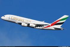 Airbus A380-861, Emirates, A6-EEO, cn 136, first flight 3.6.2013, Emirates delivered 29.10.2013. His last flight 5.5.2016 Melbourne - Dubai. Foto: London, United Kingdom, 7.2.2016.
