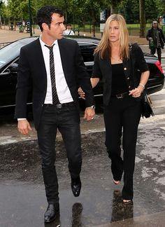 Jennifer Aniston si Justin Theroux in Paris Jeniffer Aniston, Jennifer Aniston Style, Jen And Justin, Luxury Couple, Justin Theroux, Celebrity Couples, Celebrity Style, Celebs, Celebrities
