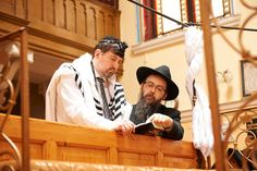 Review: An Anti-Semite Learns of His Jewish Roots in Keep Quiet