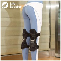 Power Knee Stabilizer Pads 😍 Great for arthritis, injury recovery, tendinitis, knee cap instability, and general joint pain - Perfect for both athletes & everyday people. Fitness Workouts, Weight Workouts, Fitness Gadgets, Ab Workouts, Better Braces, Heat Rash, Knee Stretches, Knee Brace, Health Remedies