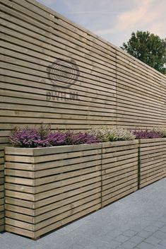 9 Beautiful Backyard Ideas for Small Yards – Garden Ideas 101 Back Gardens, Small Gardens, Outdoor Gardens, Back Garden Design, Fence Design, Small Patio Design, Backyard Ideas For Small Yards, Garden Deco, Balcony Garden