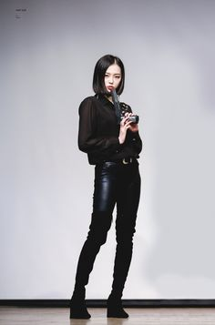 Polo See-Through Top with Leaather Pants and Boots Fashion of Clc Yeeun in Black Dress