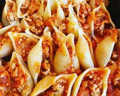 Karfiol krémes rakott tészta   Filipviki receptje - Cookpad receptek Naan, Pasta Salad, Ethnic Recipes, Food, Crab Pasta Salad, Essen, Meals, Yemek, Eten
