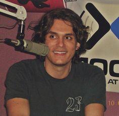 All smiles. John Mayer