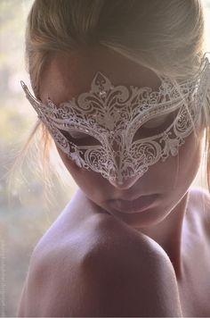 Luxury White Laser Cut Venetian Mardi Gras Masquerade Mask Made of Light Metal Masquerade Wedding, Venetian Masquerade, Venetian Masks, Masquerade Ball, Halloween Masquerade, Gothic Halloween, Laser Cut Metal, Laser Cutting, Beautiful Mask
