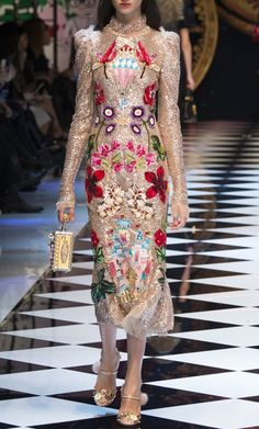 Dolce & Gabbana Fall 2016. Milan Fashion Week.