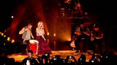Shakira - Nothing Else Matters/Despedida Medley (Live from Paris) (+list...