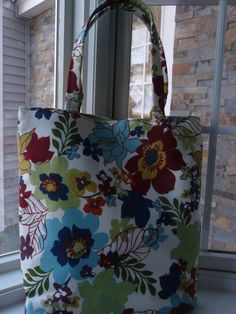 Tote  Spring by DesignHerStyles on Etsy, $59.00