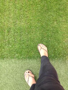 Please don't step on the pitch! Nottingham Forest, Pitch, Tory Burch, Flip Flops, Sandals, Red, Shoes, Fashion, Moda