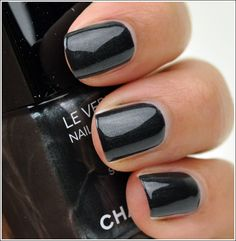 Unbreakable: Chanel nail polish in Steel. Chanel Nail Polish, Chanel Nails, Nail Swag, Guilty Pleasure, Love Nails, Trendy Nails, Nail Colors, Swatch, Fashion Beauty