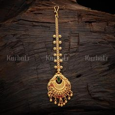 Designer silver temple maang tikka studded spinal ruby stones, made of pure 925 silver and plated with gold polish! Tika Jewelry, Jewelry Design Earrings, Gold Earrings Designs, Ear Jewelry, Trendy Jewelry, Wedding Jewelry, Fashion Jewelry, 1 Gram Gold Jewellery, Gold Jewelry
