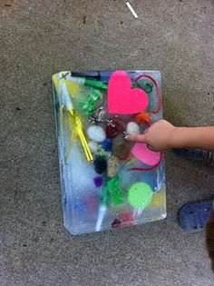 Preschool Powol Packets: Summer Fun For Preschoolers: Water Activities! Preschool Curriculum, Science Classroom, Preschool Activities, Water Activities, Fun Activities For Kids, Outdoor Activities, Little Learners, Splish Splash, Toddler Fun