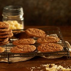 Ginger Cookies with Black Pepper : Traditional ginger cookies with extra freshly ground black pepper that warms your tongue during the cold holiday season