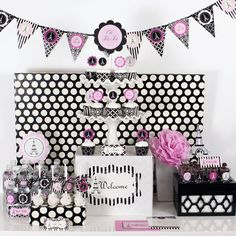 Not necessarily a paris themed party....but a pink, black and white themed party!!!