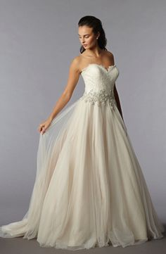 Danielle Caprese: Sweetheart Princess/Ball Gown Wedding Dress  with Natural Waist in Tulle. Bridal Gown Style Number:32561516