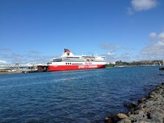 Devonport, Australia — by Londres. Devonport is where the Spirit of Tasmania… Double Decker Bus, Rock Pools, Tasmania, Small Towns, Amazing Places, The Good Place, Travel Photography, Places To Visit, Around The Worlds
