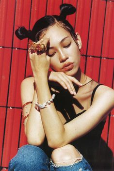 Kiko Mizuhara short hair and bob haircut High Fashion Photography, Glamour Photography, Editorial Photography, Portrait Photography, Lifestyle Photography, Kiko Mizuhara Style, Shadow Face, Japan Model, Edgy Chic