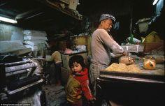 kowloon walled city, greg girard & ian lambot