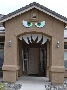 halloween deko selber machen haus monster torbogen