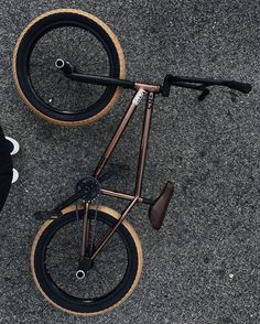 @courageadams giving you a look at his signature 2017 Geo frame in Gloss Metallic Brown! Available worldwide now! #bmx #flybikes