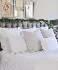 Deck the Halls Christmas Home Tour – Bedroom
