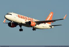 easyjet Airbus A320-214 G-EZWU at Paris Orly