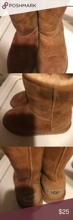 Uggs boots girls size 2 In good used condition ugg boots girls size 2 great deal UGG Shoes Ankle Boots & Booties