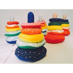 Torre de Hanói em tecido. Brinquedo educativo Montessori. Baby Play, Baby Toys, Kids Toys, Montessori Toddler, Montessori Toys, Felt Material, Diy Games, Sensory Toys, Busy Book