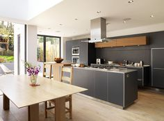 Terrace in North London bulthaup by Kitchen architecture #kitchens