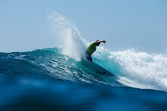 Slater Wins at Lowers | SURFER Magazine