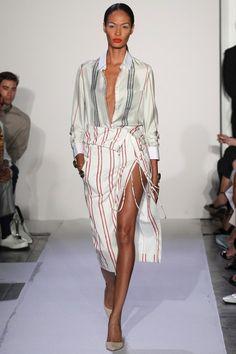 Altuzarra Resort 2019 collection, runway looks, beauty, models, and reviews.