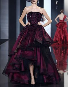 Ralph & Russo Fall 2014. Holy crap, that is amazing.
