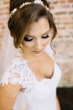 The prettiest smokey eye: http://www.stylemepretty.com/california-weddings/santa-ana/2015/10/09/elegant-traditional-wedding-at-the-estate-on-second/ | Photography: Kristina Adams - http://www.kristinaadamsphotography.com/