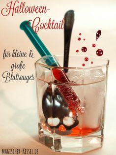 Halloween-Cocktail ohne Alkohol: Es wird blutig!