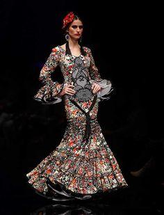 Inspirada en un estilo de vida y en una forma peculiar de ver la moda, la colección «Gabrielle» muestra un concepto de diseños confeccionado con líneas clásicas y cierto aire excéntrico. (Foto: Rocío Ruz)