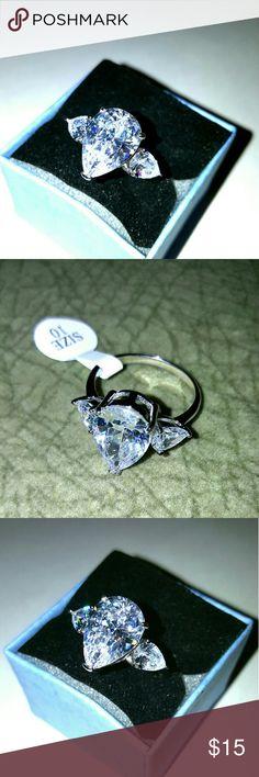 Crystal Style Three Stone Ring Beautiful three Stone Ring Jewelry Rings