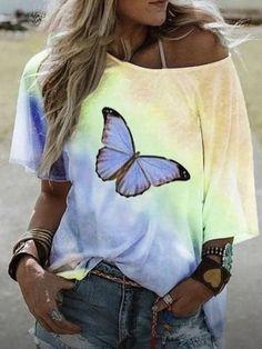 Violet Rouge, Bleu Violet, T Shirt Rot, Shirt Bluse, T Shirts For Women, Clothes For Women, Women's Clothes, Butterfly Print, Gradient Color