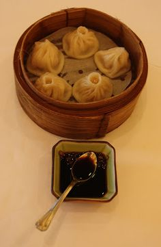 Xiaolangbo #DimSum - A stock broth is jellified, and put into the loosely wrapped dumpling along with the regular filling. When heated, the jelly melts and you get dumpling skin, meaty filling and soup all in one massive flavor hit! - #HongKong